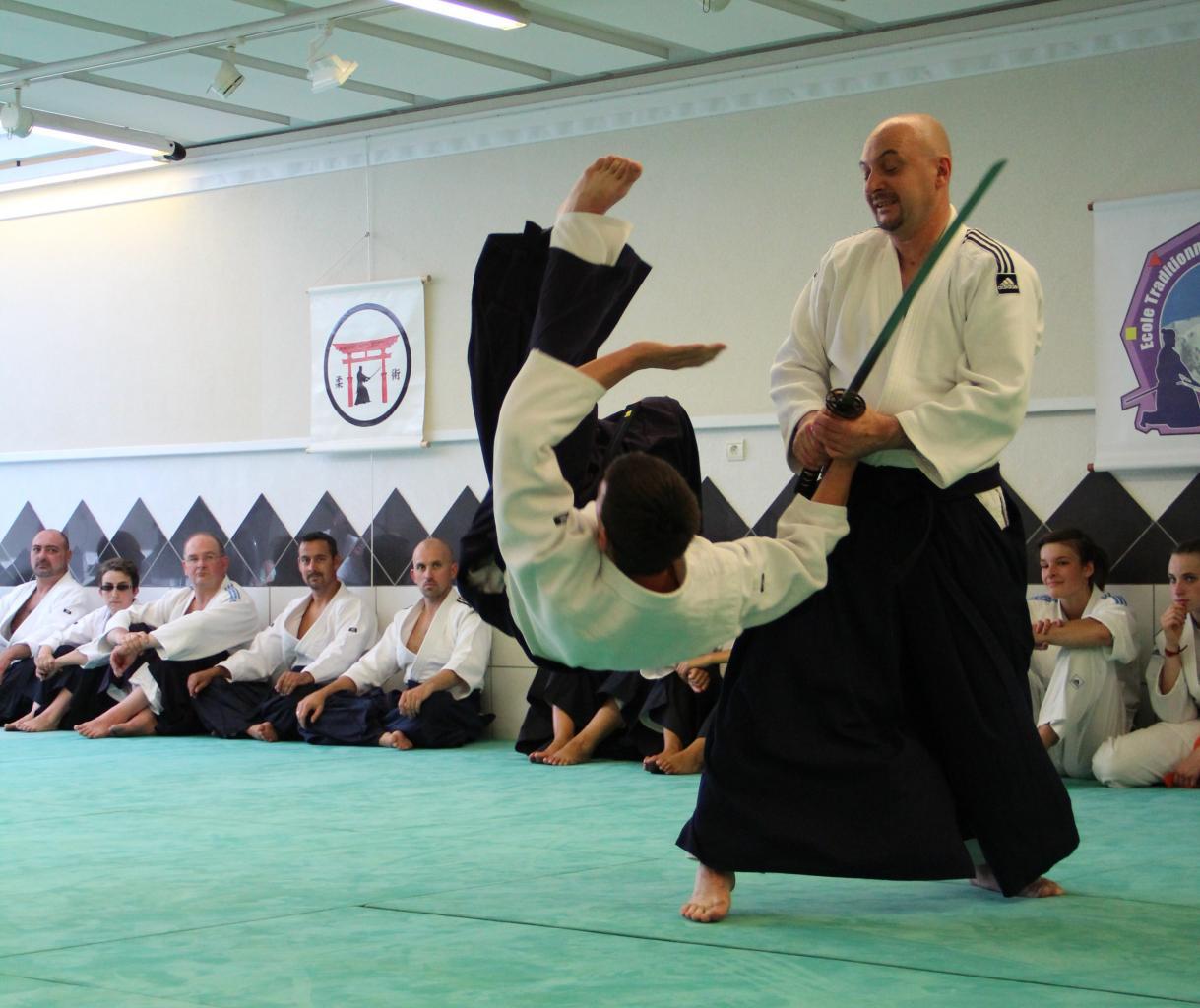 Self Defense contre katana (sabre)